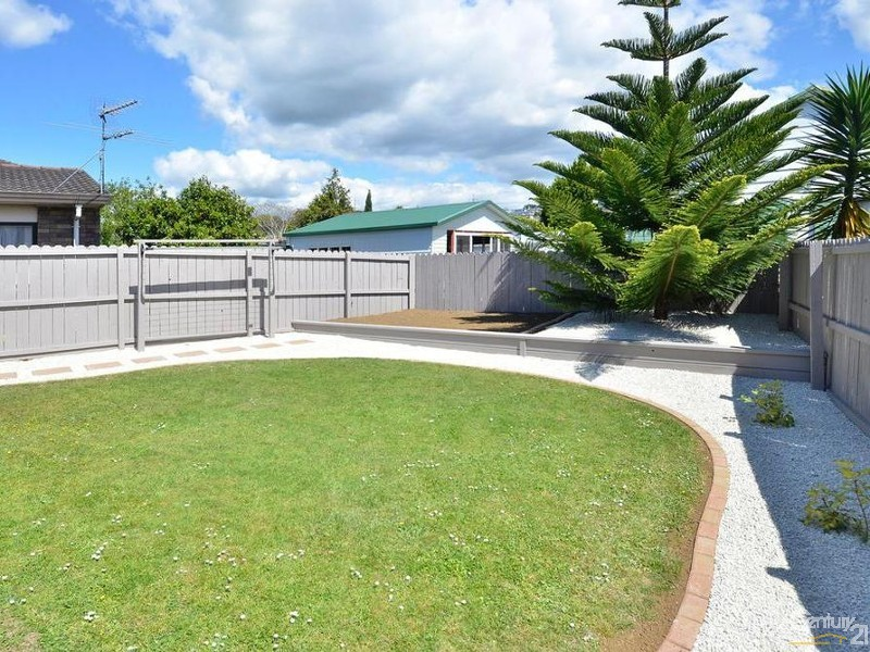 Townhouse for Sale in Flat Bush Auckland 2576