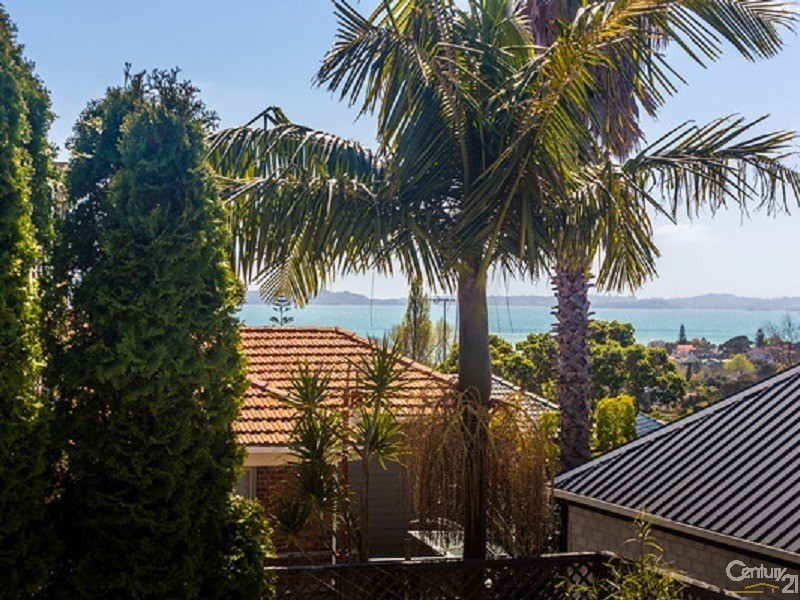 10B Minerva Terrace, Cockle Bay - House for Sale in Cockle Bay