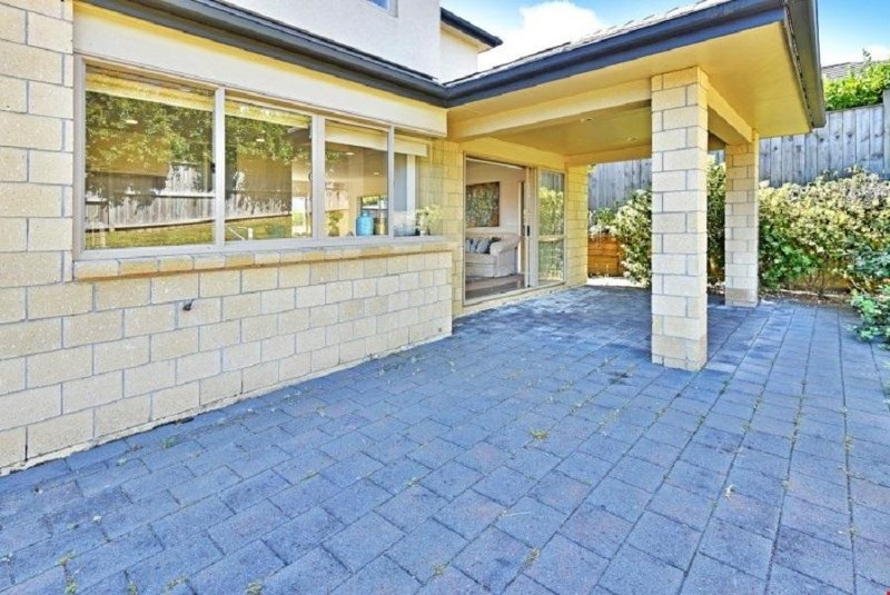 7 Melness Place, Flat Bush - House for Sale in Flat Bush