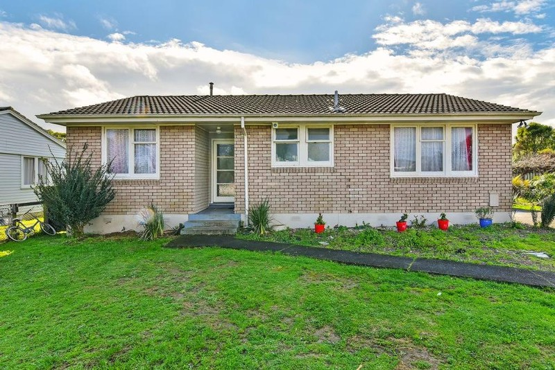 26 Chingford Close, Mangere - House for Sale in Mangere