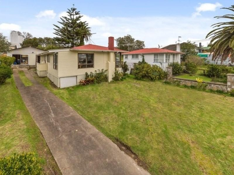 13 Stainton Place, Otara - House for Sale in Otara