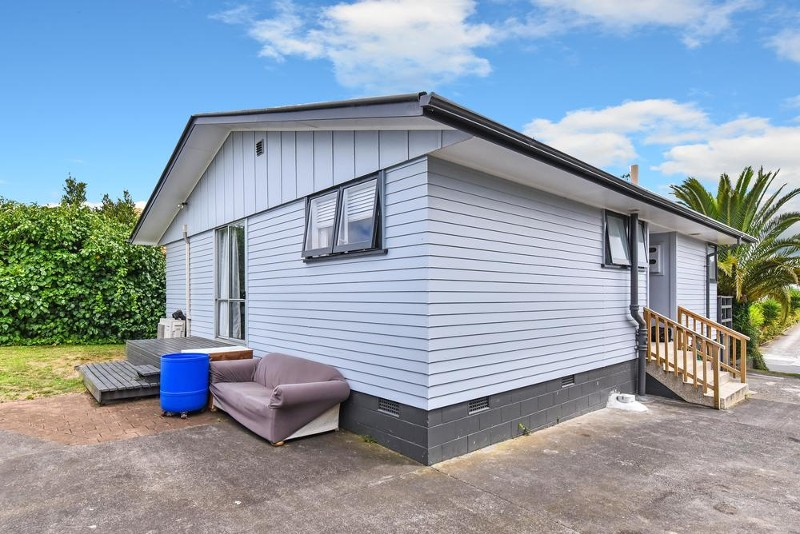 27 Imrie Avenue, Mangere - House for Sale in Mangere