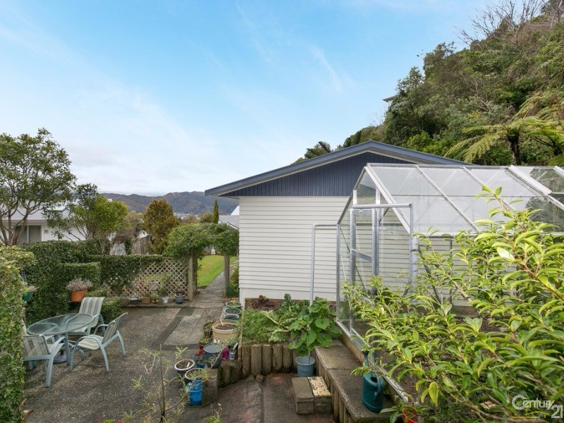 12 Gainsborough Grove, Belmont - House for Sale in Belmont