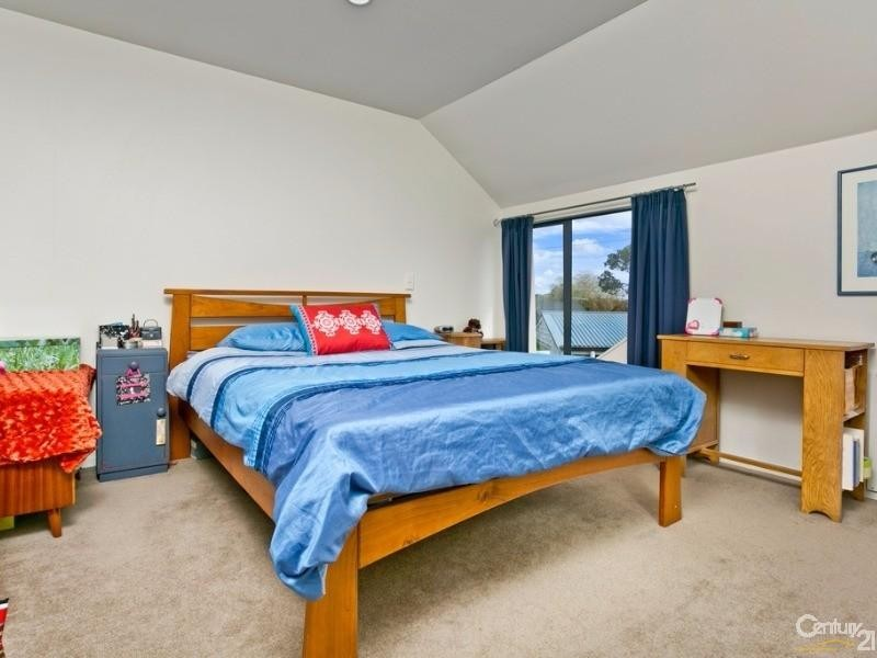 17 Williams road, Hobsonville - House for Sale in Hobsonville