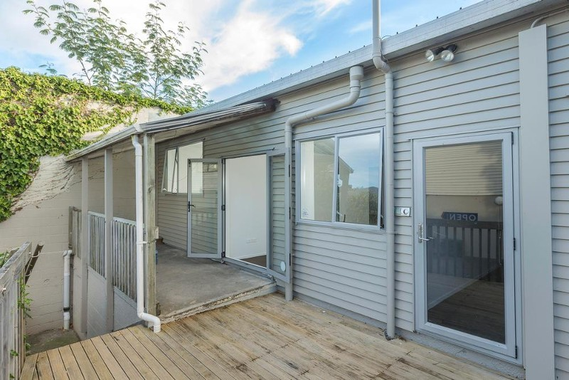 Unit D / 1976 Great North Road, Avondale - Property for Sale in Avondale